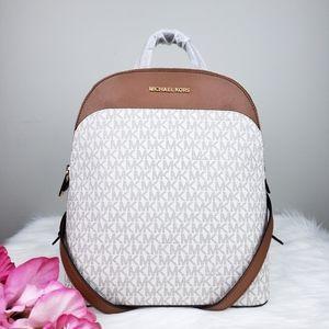🌺NWT Michael Kors LG Emmy backpack bag Vanilla MK